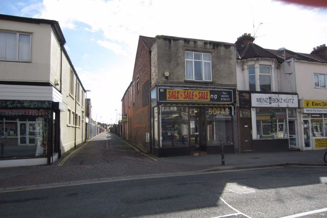 Flat to rent in Fawcett Road, Southsea