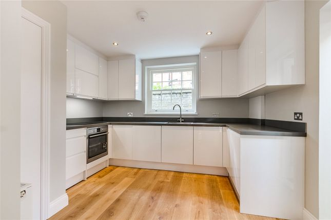 Thumbnail End terrace house for sale in Park Lane, Richmond