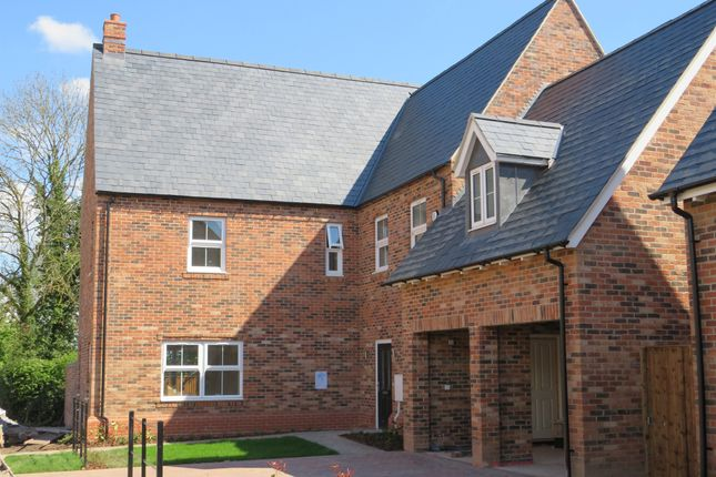 Thumbnail Detached house for sale in Measham Road, Appleby Magna, Swadlincote