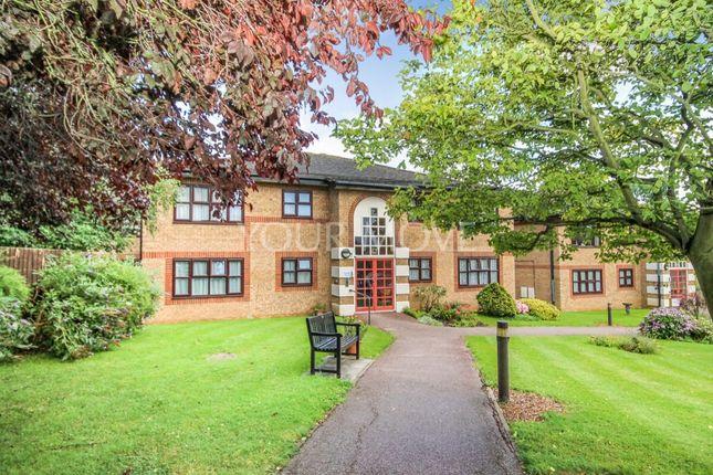 Thumbnail Flat for sale in Abbs Cross Gardens, Hornchurch
