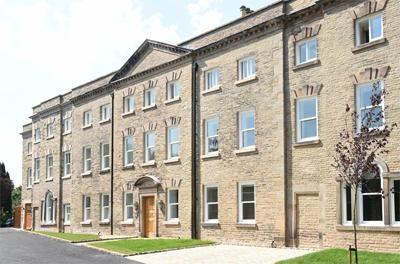 Thumbnail Flat to rent in Scott Road, Prestbury, Macclesfield