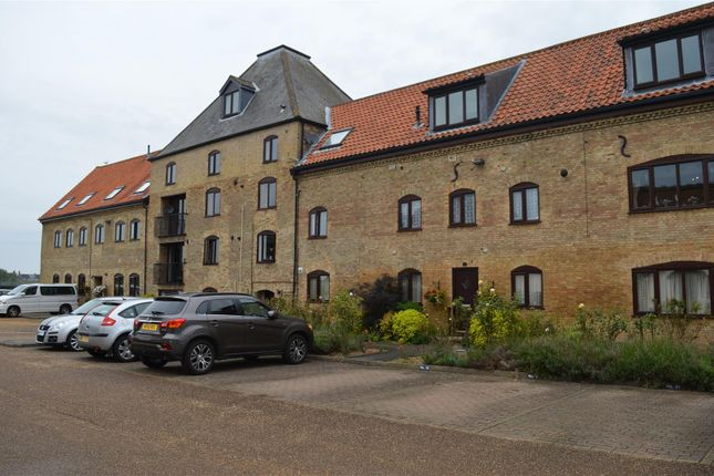 Thumbnail Flat for sale in Trenowath Place, King's Lynn