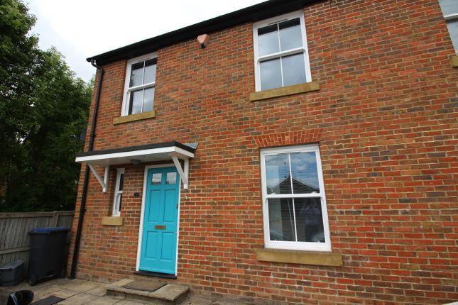 Thumbnail Semi-detached house to rent in Elgar Bretts, Gordon Road, Canterbury (CCC/Ukc)