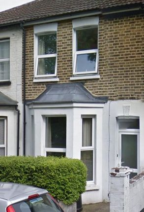 Thumbnail Shared accommodation to rent in Boundary Road, Chatham, Kent