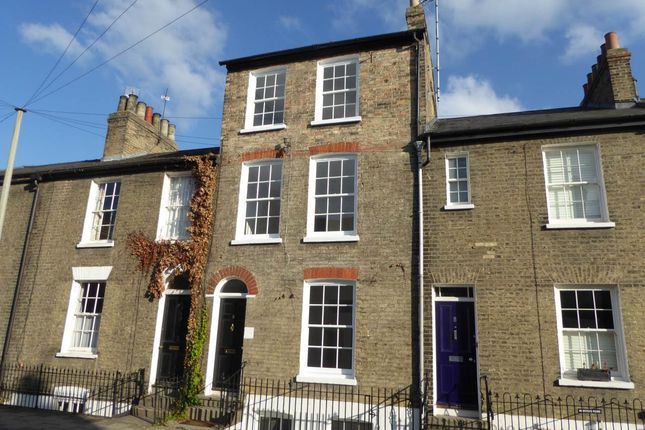 Thumbnail Terraced house to rent in Clarendon Street, Cambridge, Cambridgeshire