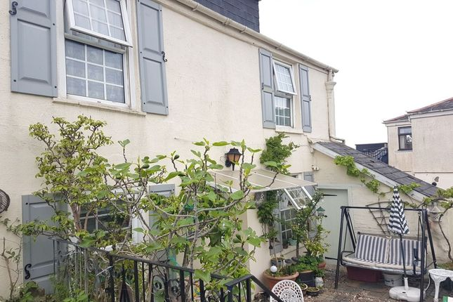 Thumbnail Flat to rent in Top Flat Topcliff Road, Shaldon, Teignmouth