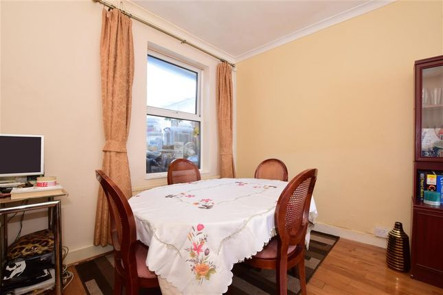 Thumbnail Terraced house for sale in Avenons Road, Plaistow, London