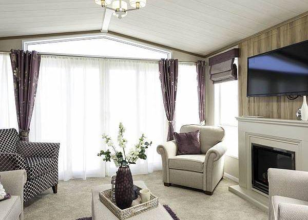 Thumbnail Lodge for sale in Sunset Park Holiday Village, Sower Carr Lane, Hambleton, Lancashire