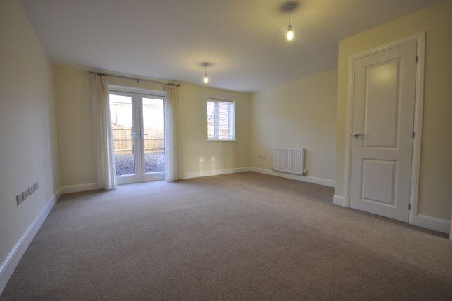 Living Room of Skitteridge Wood Road, Derby DE22