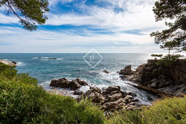 Thumbnail Land for sale in Spain, Costa Brava, Platja D'aro, Cbr15623