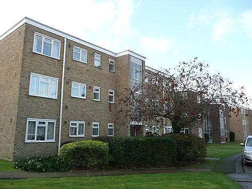 Thumbnail Flat to rent in Sunningdale Court, Jupps Lane, Worthing