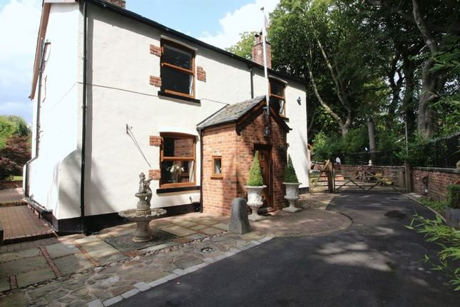 Thumbnail Farmhouse for sale in Bridge Hall Fold, Bury