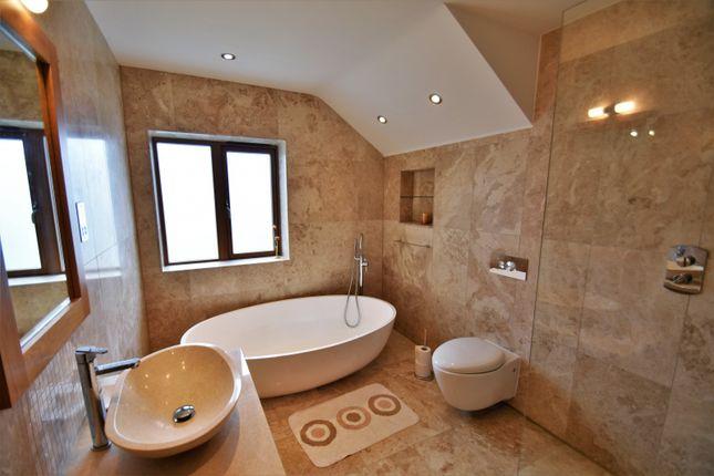 Bathroom of Broadway, Bramhall, Stockport SK7