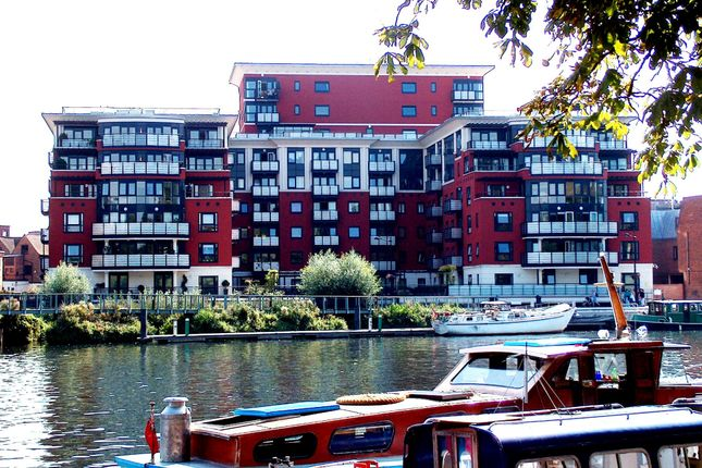 Thumbnail Flat to rent in Wadbrook Street, Kingston Upon Thames