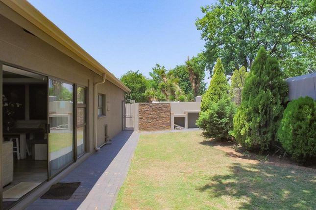 3 bed detached house for sale in 21 Tulbagh Street
