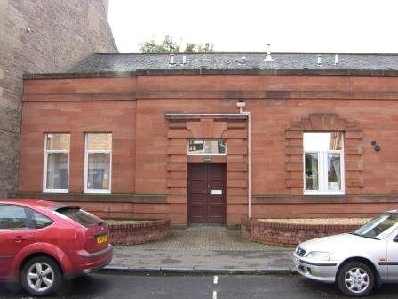 3 bed flat to rent in Alexandra Street, Perth