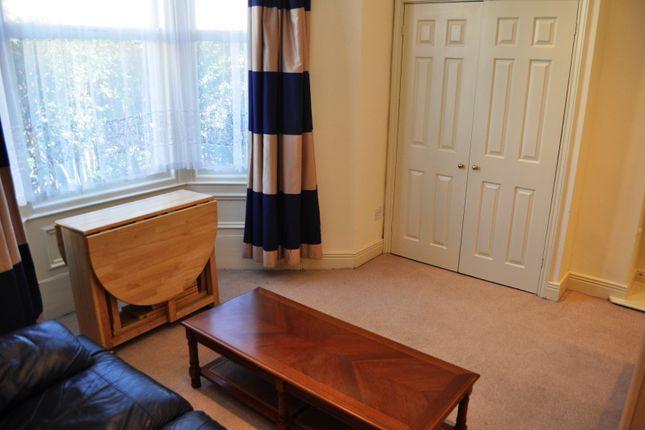 Studio to rent in Queens Road, Jesmond, Newcastle Upon Tyne NE2