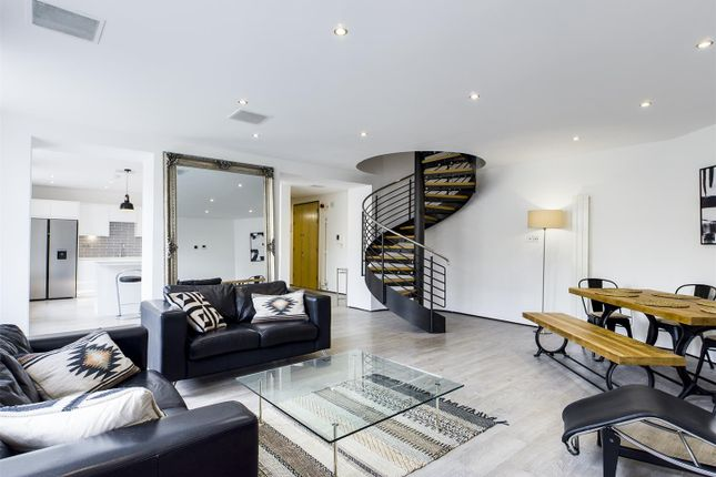 Thumbnail Flat to rent in Grey Street, City Centre, Newcastle Upon Tyne