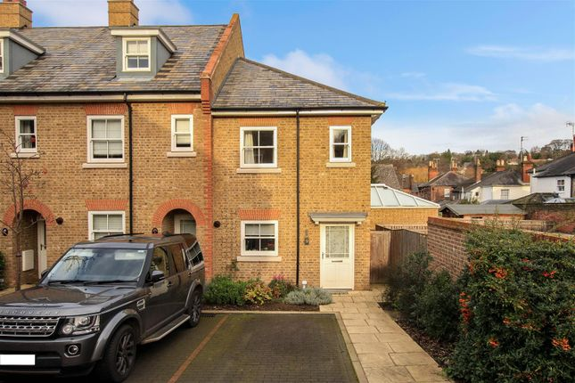Thumbnail End terrace house for sale in New Manor Croft, Berkhamsted