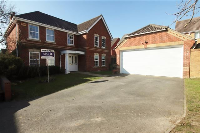 Thumbnail Detached house for sale in Skye Close, Cosham, Portsmouth, Hampshire