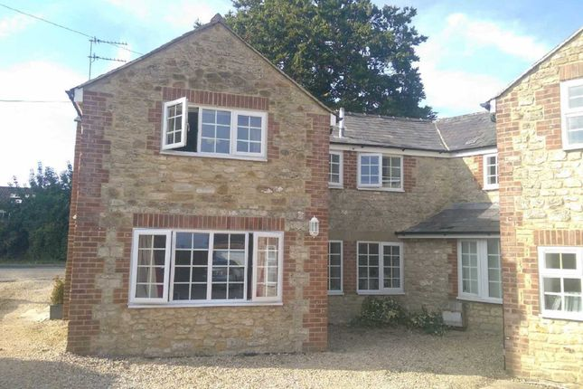 1 bed flat to rent in Brooklyn House, Broad Bush, Swindon, Wiltshire SN26