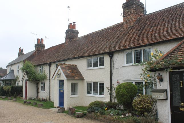 Thumbnail Terraced house to rent in Pond Cottages, Gold Hill East, Chalfont St. Peter, Gerrards Cross