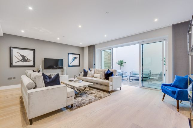 Thumbnail Town house for sale in Basilica Mews, Thurleigh Road, London