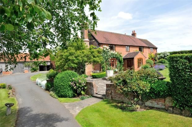 Thumbnail Detached house for sale in Berrowhill Lane, Feckenham, Redditch