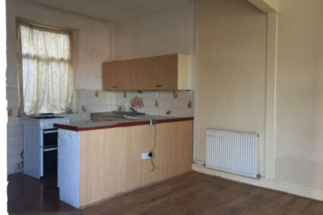 Thumbnail Terraced house to rent in Hornby Street, Burnley