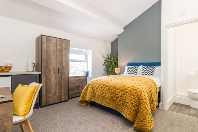 Thumbnail Room to rent in Slatey Road, Prenton