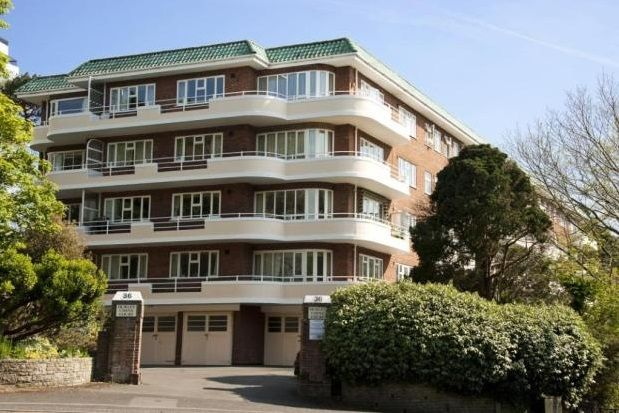 Thumbnail Flat to rent in West Cliff Road, Westbourne, Bournemouth