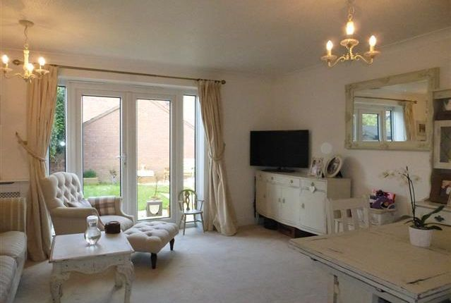 Thumbnail Property to rent in Laburnum Way, Yeovil