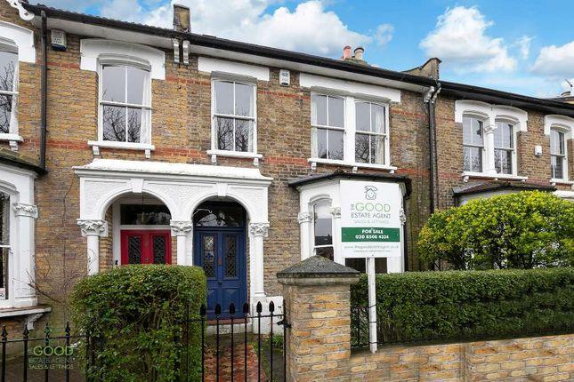 Thumbnail Terraced house for sale in Osborne Road, Buckhurst Hill