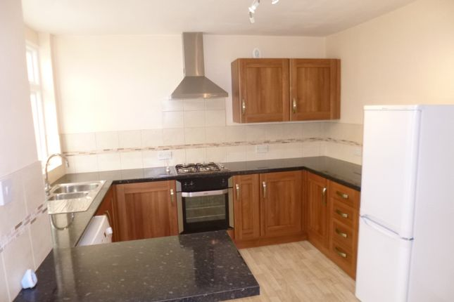 Thumbnail Property to rent in Leslie Avenue, Beeston