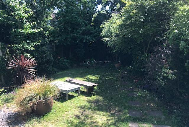 Photo #16 of Compayne Gardens, London NW6