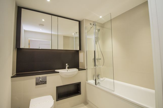 Bathroom of Enderby Wharf, Loop Court, Greenwich SE10