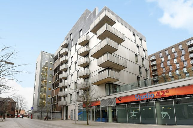 Thumbnail 2 bed flat to rent in Halcyon, Chatham Place, Reading