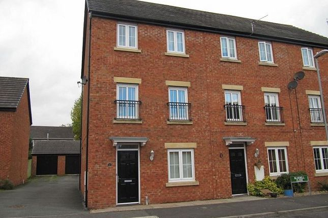 Thumbnail Town house to rent in Bluebell Close, Kirkby, Liverpool
