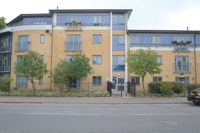 Thumbnail Flat for sale in Gale Street, Dagenham