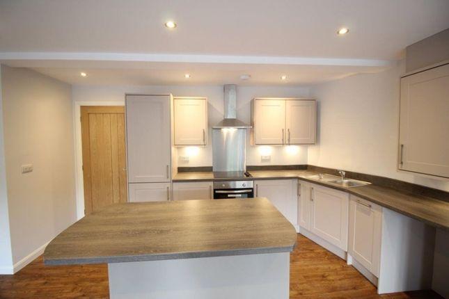Thumbnail Flat for sale in Oak Street, Haworth, Keighley