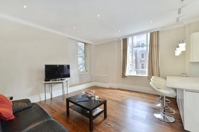 1 bed flat to rent in Montagu Mansions, London