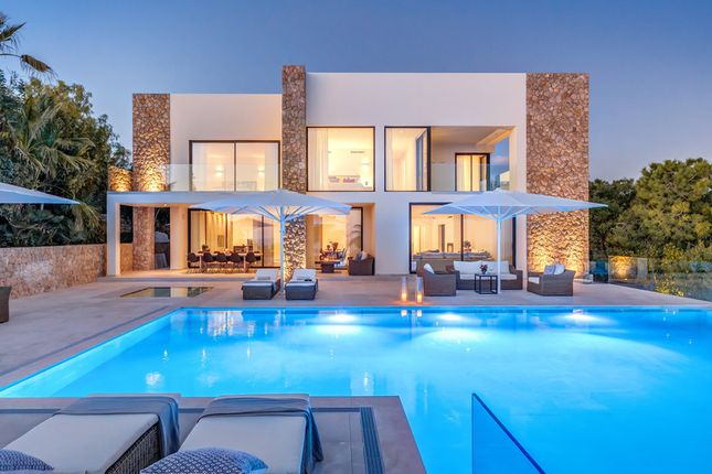 Thumbnail Villa for sale in Bendinat, The Balearics, Spain