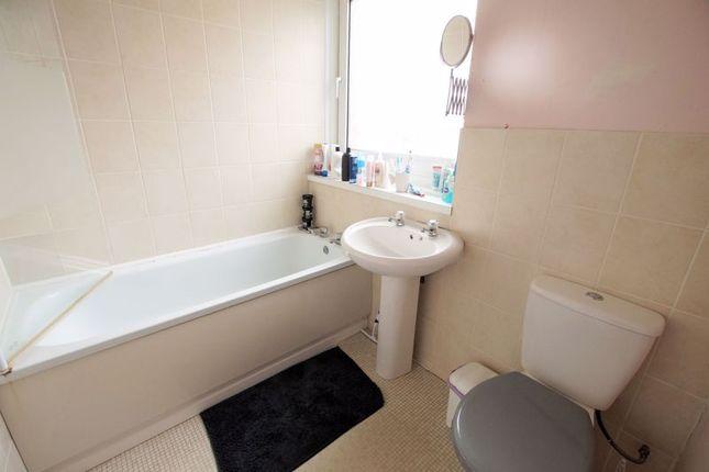 Bathroom of Watermead Road, Farlington, Portsmouth PO6