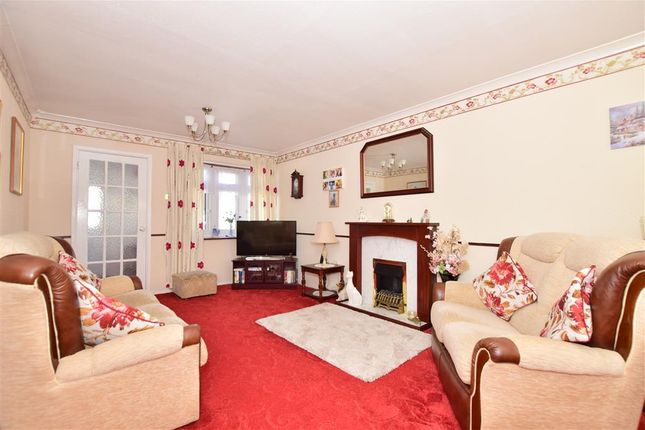 Lounge/Diner of West Malling Way, Hornchurch, Essex RM12