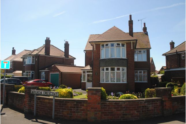 Front View of Arcadia Crescent, Skegness PE25