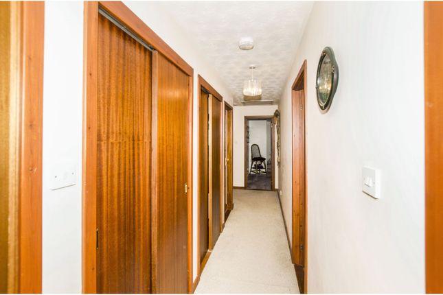 Hallway of Foyers, Inverness IV2