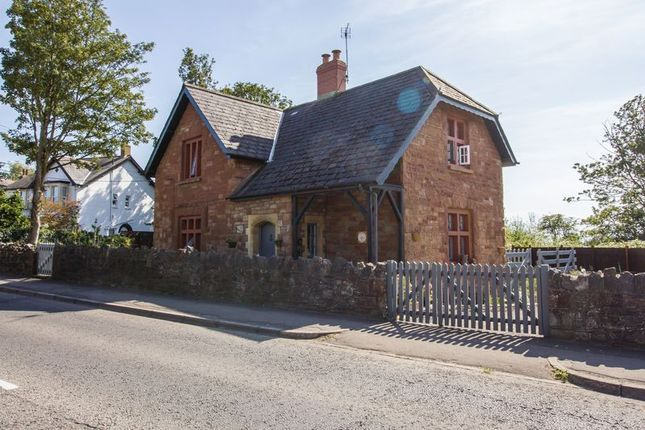 Thumbnail Detached house for sale in South Road, Sully, Penarth