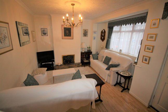 Living Room of Larmans Road, Enfield EN3