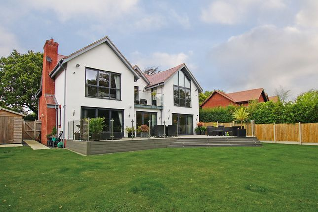 Thumbnail Detached house for sale in Cherry Hill Road, Barnt Green