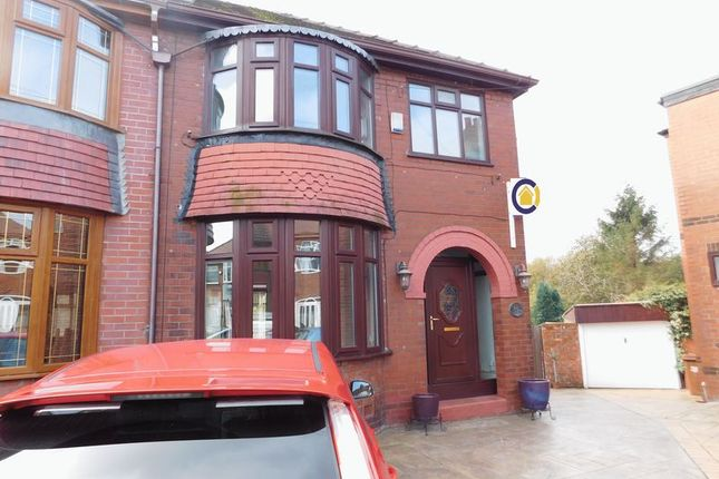 Thumbnail Semi-detached house to rent in Parkside Avenue, Failsworth, Manchester